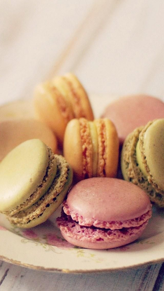 Macaron wallpaper for iphone and android lovely macarons - Macaron iphone wallpaper ...