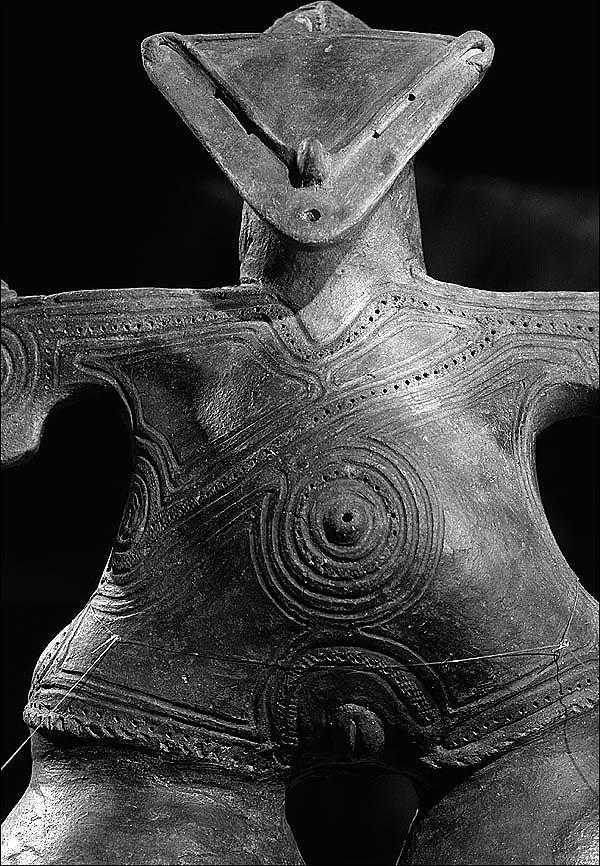 Chino, Nagano, Japan, c. 2000 B.C.E. detail of http://pinterest.com/pin/215398794648136051/
