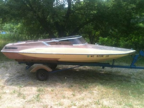 20 best images about classic speedboats on pinterest see for Fish and ski boats for sale craigslist