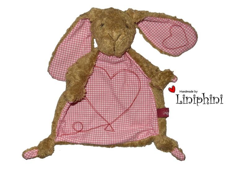 Die Schmusetuch-Hasen sind Tröster und treue Begleiter von Geburt an. Sie sind ein schönes Geschenk zur Geburt, Taufe oder Geburtstag.     Kopf und...