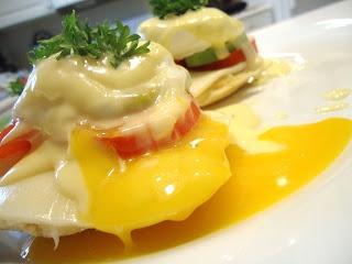 vegetarian egg benedict | V E G E T A R I A N | Pinterest