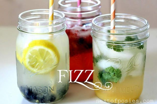 LOW-CAL FIZZ DRINKS: you can make them in a mason jar, some with the blender bottom.: Low Calories, Summer Drinks, Food, Non Alcohol Drinks, Drinks Recipes, Fizz Drinks, Fizzies Drinks, Flavored Water, Mason Jars