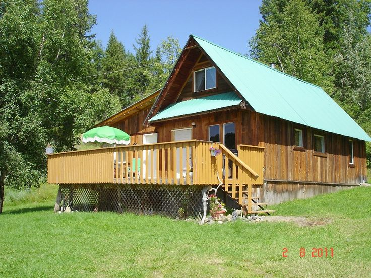 Nestled amid our serene forest and on a private lake, our secluded Heritage Farmhouse cottage is the perfect nature retreat. Our 300 hundred acre property backs onto extensive crown land reserve. Beaver Lake is ...