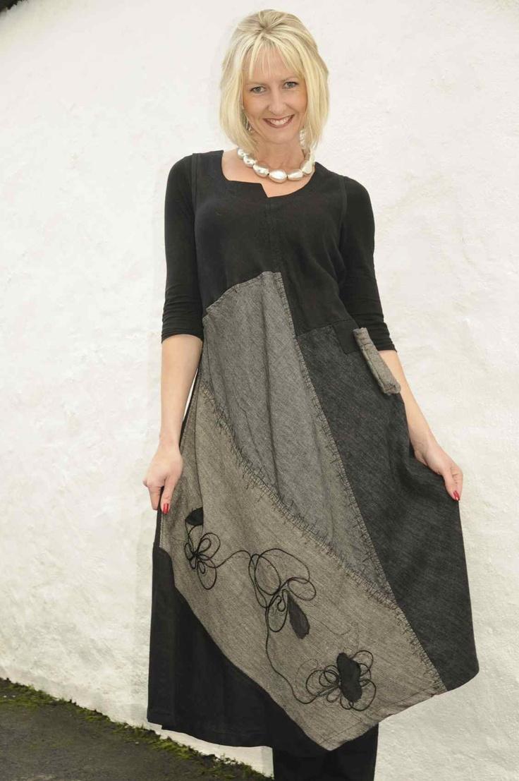 Mara Gibbucci black/grey dress.916