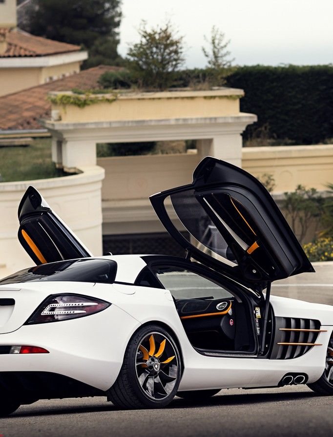 Mercedes Benz SLR McLaren #mercedes-Benz #slr-mclaren The orange accents!