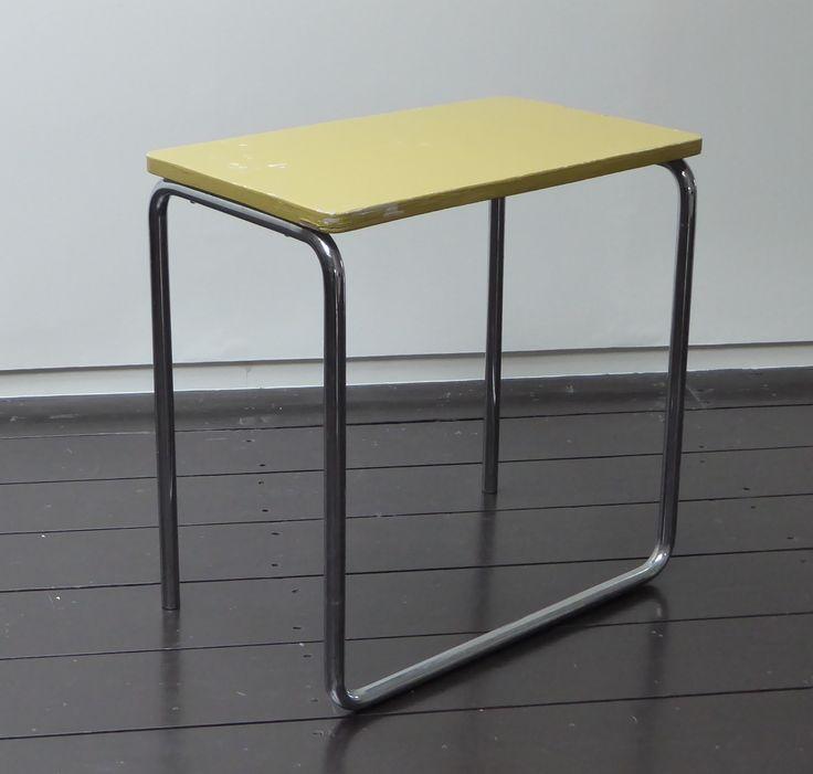106 besten bauhaus table bilder auf pinterest bauhaus m bel bauhaus und designer tisch. Black Bedroom Furniture Sets. Home Design Ideas