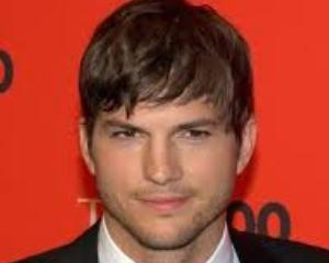 Hottie Alert-Happy Birthday Ashton Kutcher!