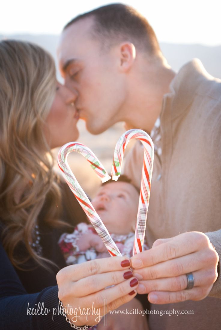 cute idea for a Christmas card. Hey newlyweds! Or for a winter engagement.