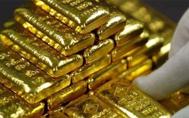 Kerala Customs Seize Massive Gold Haul From Diplomatic Luggage The Baggage Had Arrived A Few Days Back And Was L In 2020 Gold Futures Stocks And Bonds Buy Gold Online