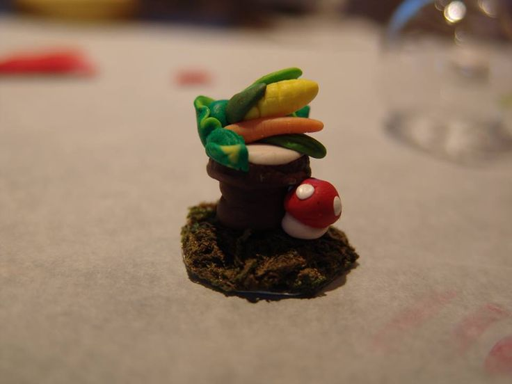 polymer clay tree table with vegetables inspired from facebook game fairyland! https://www.facebook.com/ClayMiniGifts/