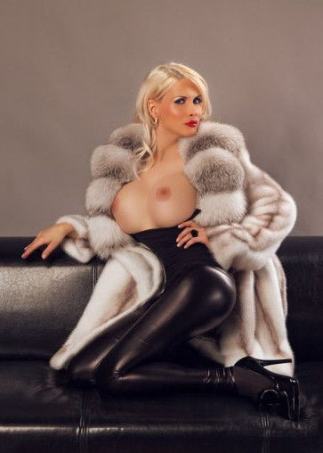 women with fur clothing porn