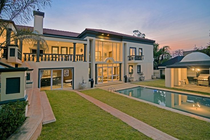 4 Bedroom house for sale in Bedfordview. 4 BEDROOM 4 BATHROOM PARTY PARADISE…