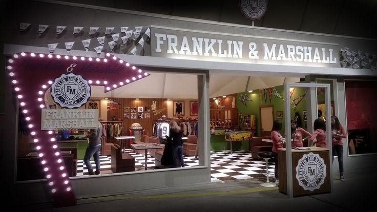 Store design Franklin Marshall
