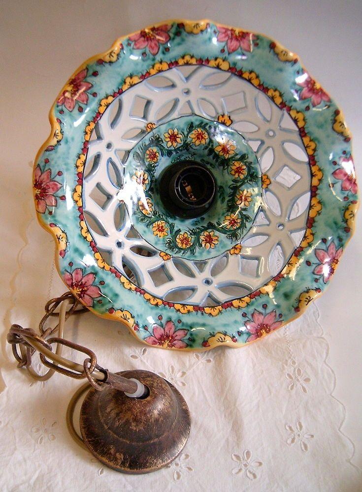 """Lampadario in maiolica traforato.Decoro """"Florisi"""" diametro30cm"""