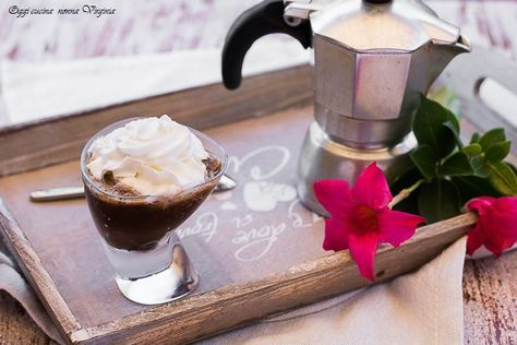 Granita+di+caffè+in+bottiglia+o+caffè+freddo+video+ricetta