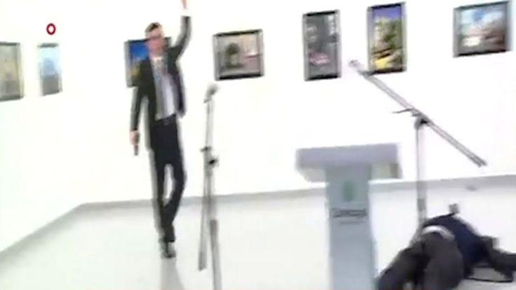 Vidéo Ambassadeur Russe Andrey karlov Tué A Ankara   L'ambassadeur russe Andrey karlov tué à Ankara L'ambassadeur de russie en Turquie Andrey karlov est tué lors de son discours dans un musée. Le tueur a été battu après avoir annoncé que la raison de ce fait est due à l'attaque des soldats russes à Alep .................      Avis         Vidéo soumise à une limite d'âge (conformément au règlement de la communauté)      Catégorie         Actualités et politique