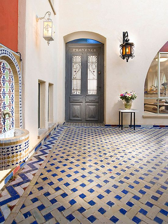 38 best images about mexican tile fountains on pinterest for Spanish style floor tiles