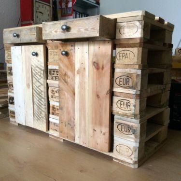 Schrank aus Paletten, Kommode, Sideboard aus Europaletten vintage in ...