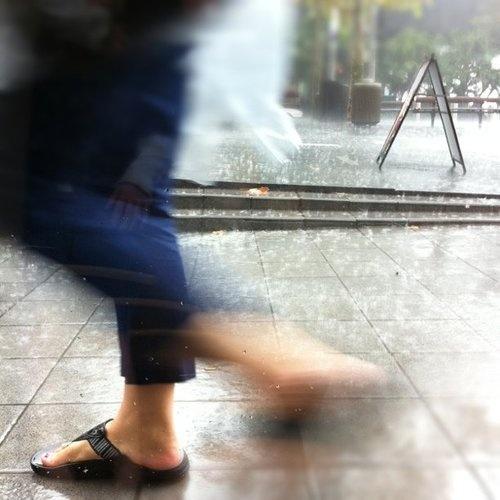 run, it's raining