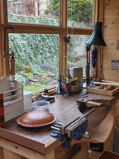 #workbench. Love this! What a view!!! I think the chip catcher in the front of the workbench would also be a great idea for sewing. Maybe I wouldn't walk around with threads all over me  :-)