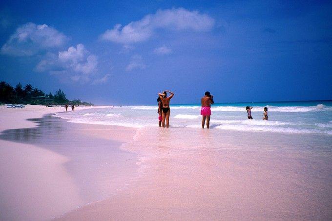 エルーセラ島 ピンクサンドビーチ