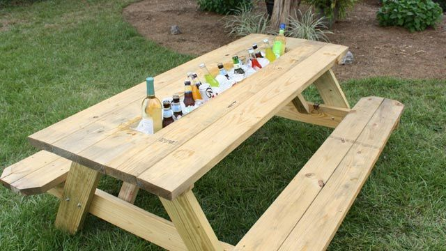 Picnic table with drink trough. This mod is so happening at the ranch...