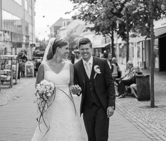 in the middel of Roskilde, Wedding photography by RBL Photo