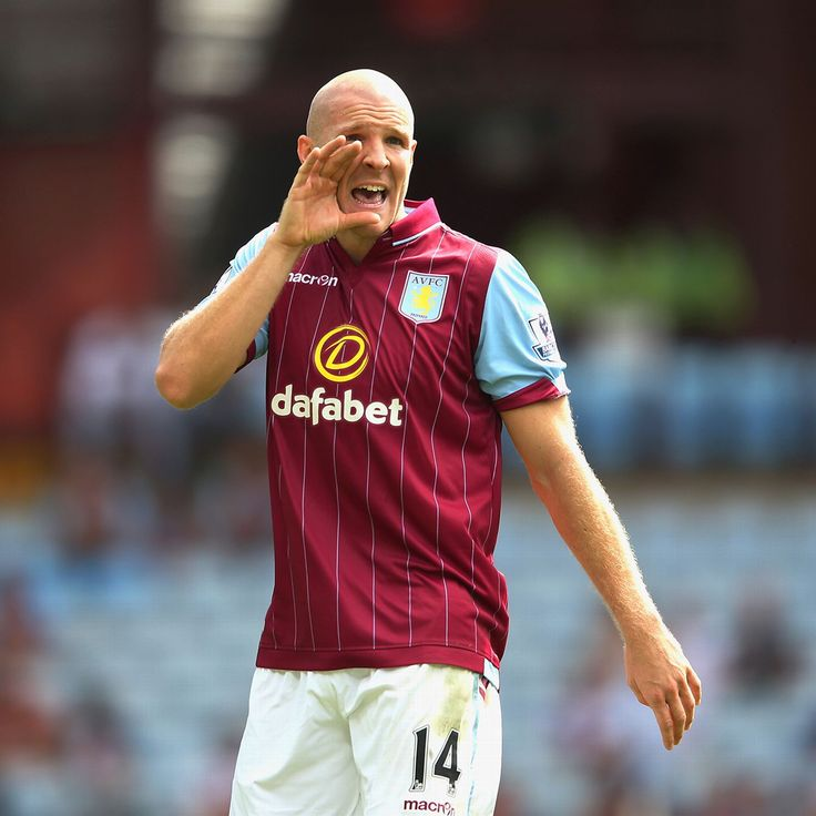 Former Arsenal defender Philippe Senderos on trial with Rangers