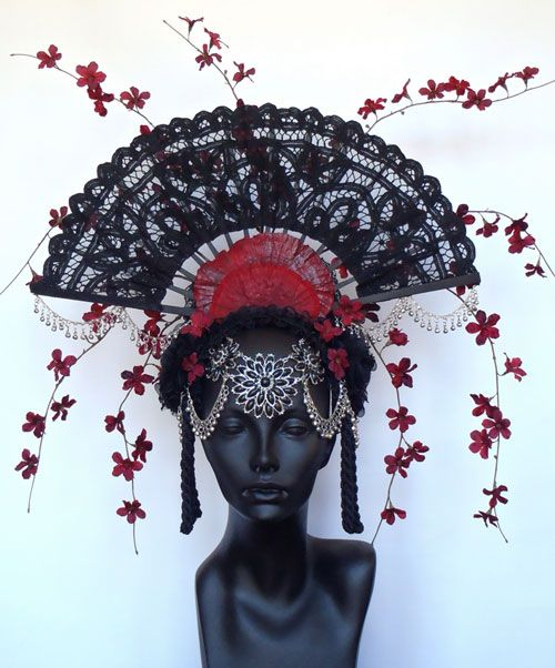 Check out Miss G headdresses, worn at last night's Grammys, and also by Selena Gomez:  http://beautyshallsavetheworld.com/2014/01/avante-garde-headdresses-by-miss-g-haute-headwear/