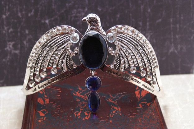 Wear this horcrux replica of Rowena Ravenclaw's diadem without having to worry about destroying it. | 28 Clever Gifts For Ravenclaws