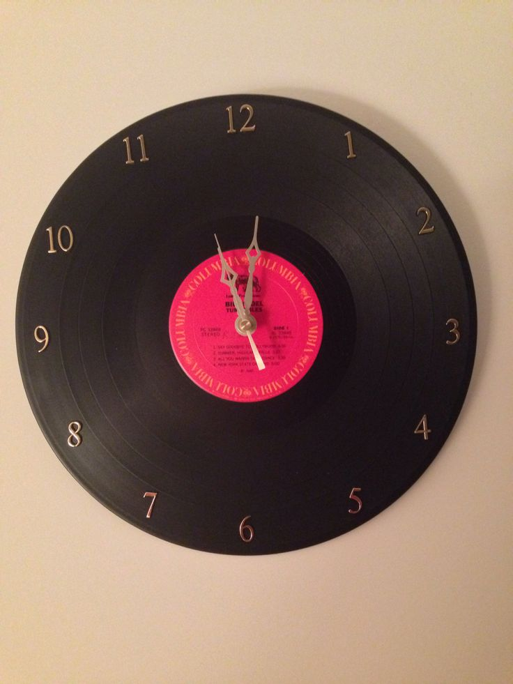 Wall clock from a vinyl record diy gift for brinley for Vinyl record wall art
