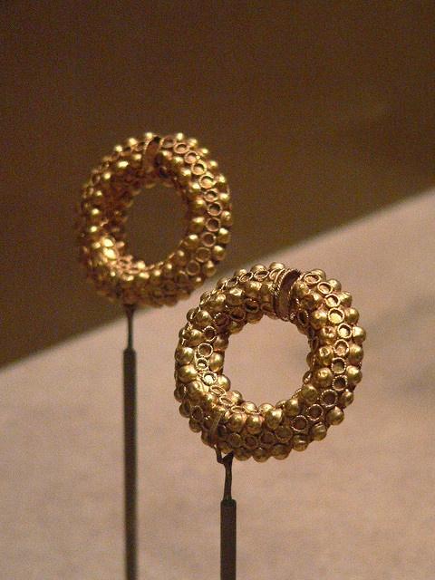 Iranian earrings Sasanian Period 5th century CE