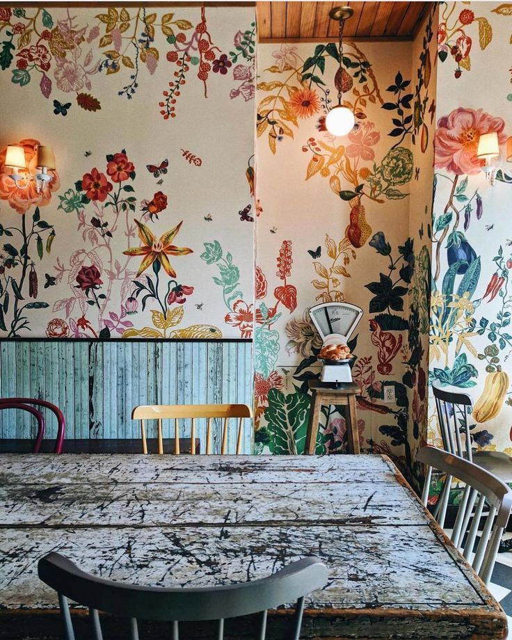 Floral interior inspiration from @bakeribrooklyn I'm loving floral walls right now. I'm not sure if this is a hand painter or wallpaper but I am Walking around my house today wondering which wall to wallpaper. I'm planning a darker design. #planning #floralwalls #interiorflorals #brooklyninspired #wallpapergoals #decorideas #flowers #flowerstagram #flowerchild #loveflowers