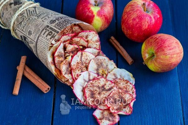 Готовые яблочные чипсы в домашних условиях