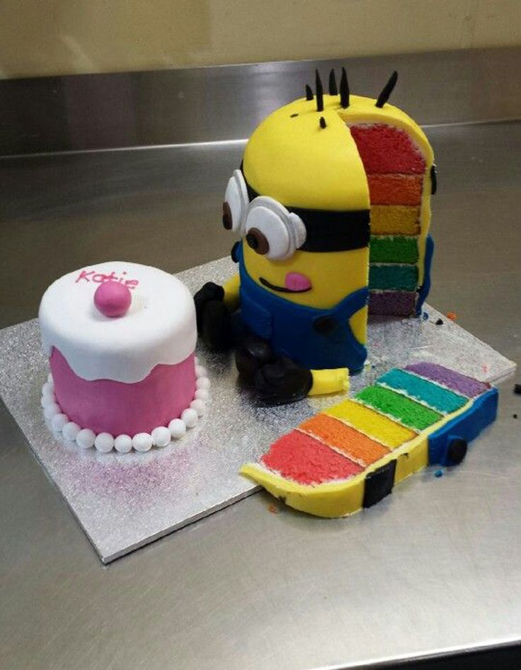 Rainbow cake minion