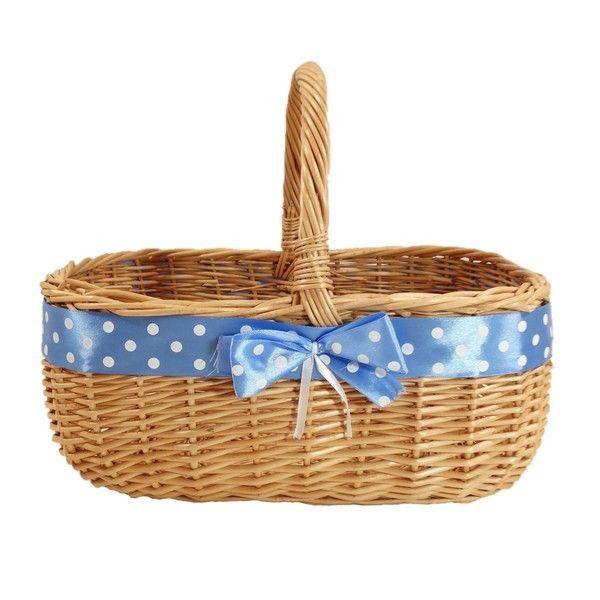 """""""MARYŚKA"""" - Wiklinowy koszyk zdobiony błękitną wstążką w białe grochy"""