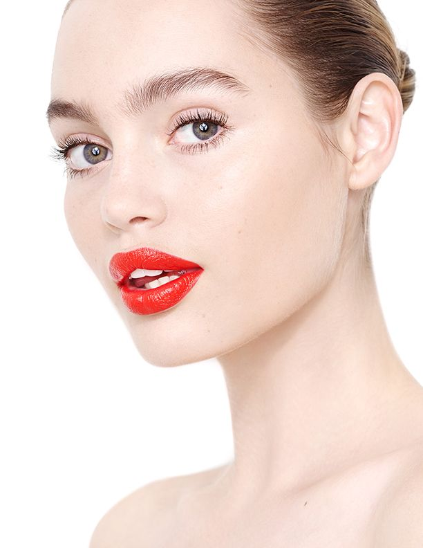 Full and natural, feathery brows to cry over ---- Staz Lindes in NARS lips