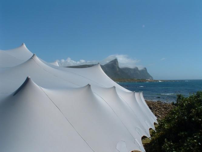 Nomadik Stretch Tents: Sea Horses