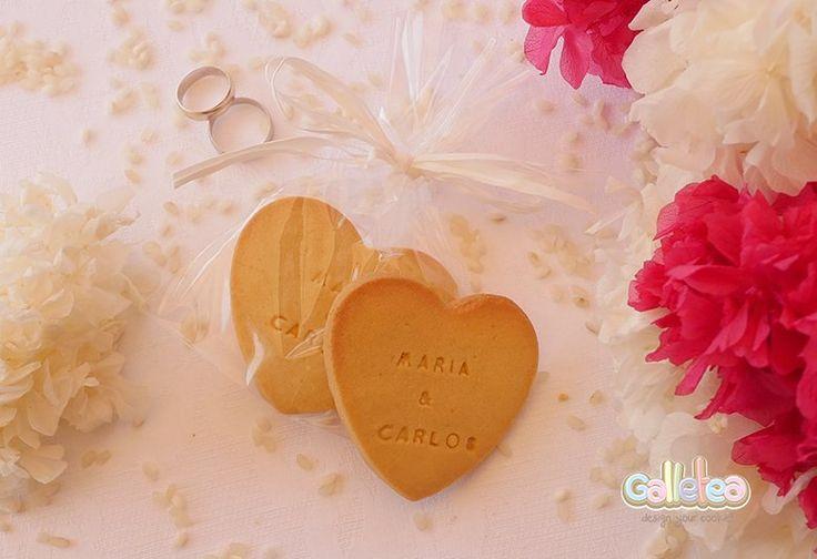 Galletas de boda con nombre y  en forma de corazón.¡Descúbrelas!