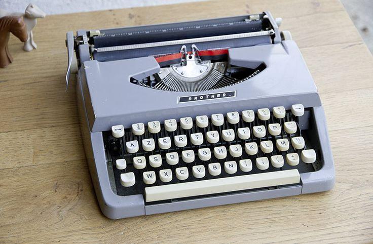 Machine à écrire Brother - Mobilier et déco vintage