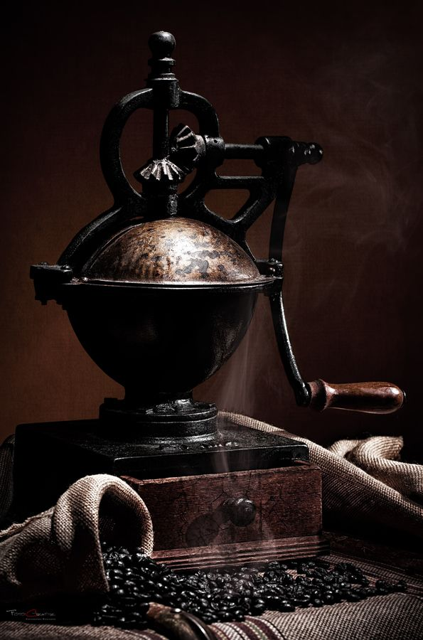 Кафемелачка/ Coffee Grinder by Francisco Arroyo on 500px