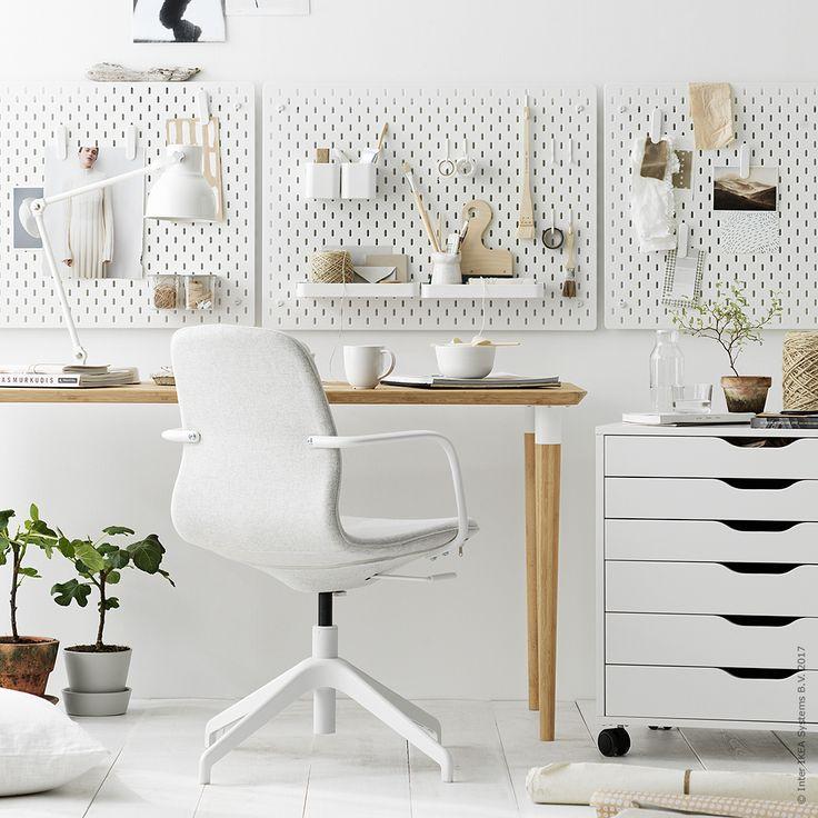"""2,737 gilla-markeringar, 26 kommentarer - IKEA Sverige (@ikeasverige) på Instagram: """"Jobba uppåt väggarna! Med #SKÅDIS tavlor och fina tillbehör fixar vi skräddarsydd väggförvaring i…"""""""