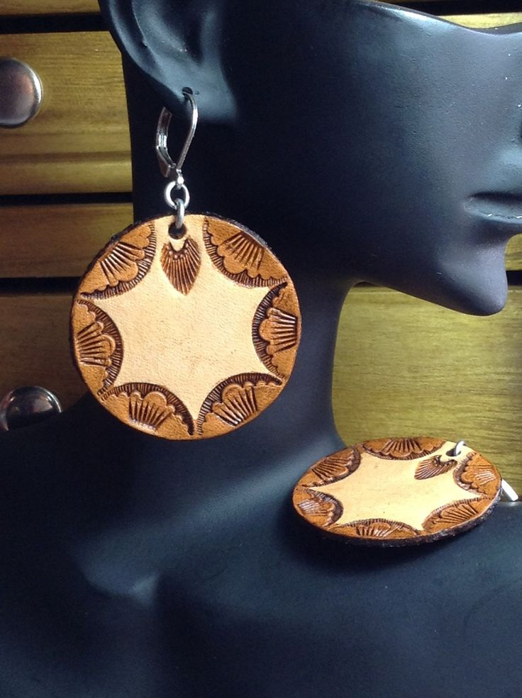 how to make leather earrings by hand