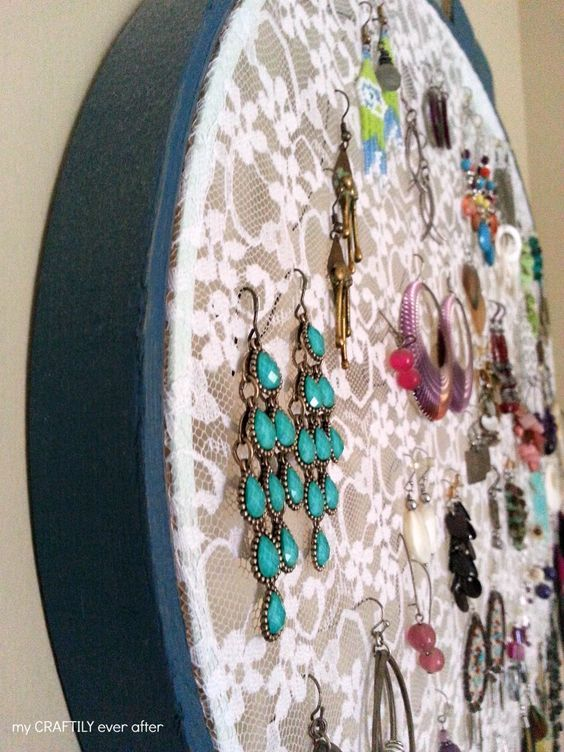 Learn how to make a lace hoop earring display! Tame those wild earrings and never lose one again!:
