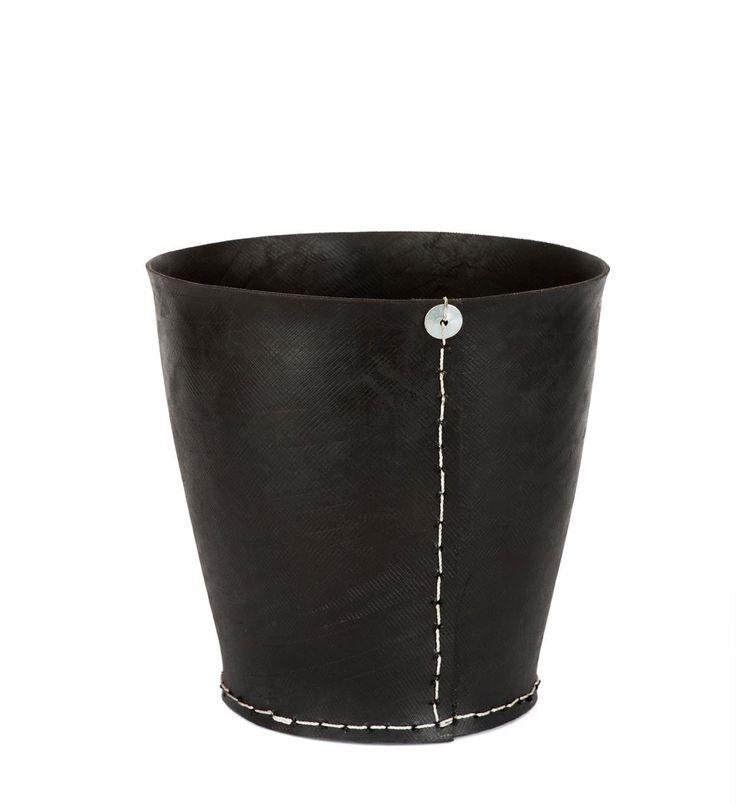 Dacarr tire flower pot