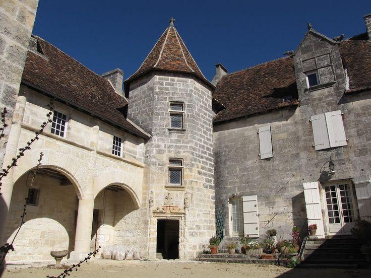 Manoir de Nanchapt (ou Roumailhac) Cercles - Dordogne. Aquitaine