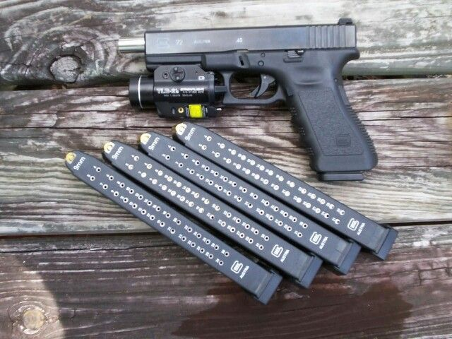 Glock 22. With some 9mm hi caps