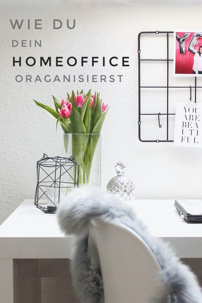 Du arbeitest viel von Zuhause? Dann solltest du dein Homeoffice mit diesen einfachen Tipps so organisieren, dass dein Schreibtisch zur Wohlfühloase wird.