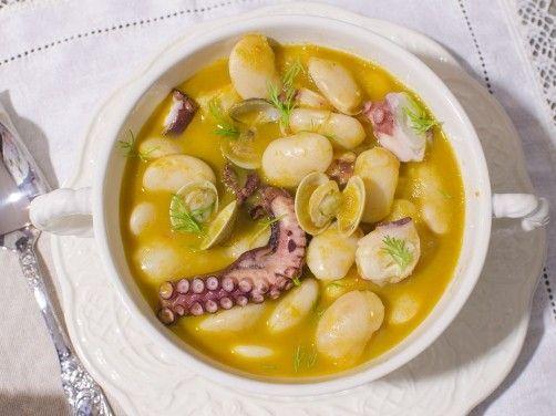 Judiones con pulpo y chirlas para #Mycook http://www.mycook.es/receta/judiones-con-pulpo-y-chirlas/
