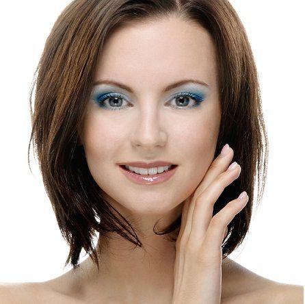 15 beste Frisuren für quadratische Gesichter, die Sie hypnotisieren lassen